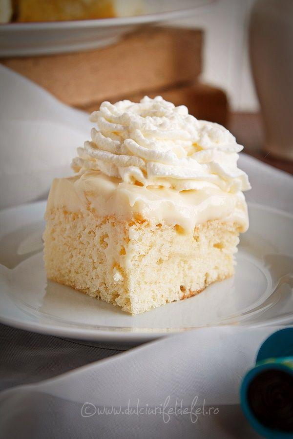 Mod de preparare Prajitura cu crema de vanilie si ananas: Blat: Albusurile se bat spuma tare cu un praf de sare. Se adauga zaharul si se mixeaza pana se obtine o spuma densa si lucioasa. Se adauga galbenusurile frecate cu ulei si coaja de lamaie, ca pentru maioneza. Se omogenizeaza…
