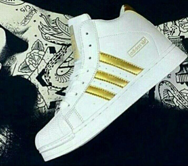 Palig baruu.. Ngetrend abis..  Adidas Superstar (Hight) Size 37-40 270.000