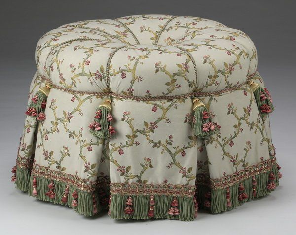 "Custom fabricated French tuffet, 25""w : Lot 1158"