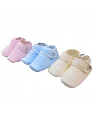 MissPatukos | Patucos bebé terciopelo. Varios colores.  #MissPatukos #Bebe #RopaBebe #ModaBebe #MamasMolonas #BebesMolones #bebes #patucos