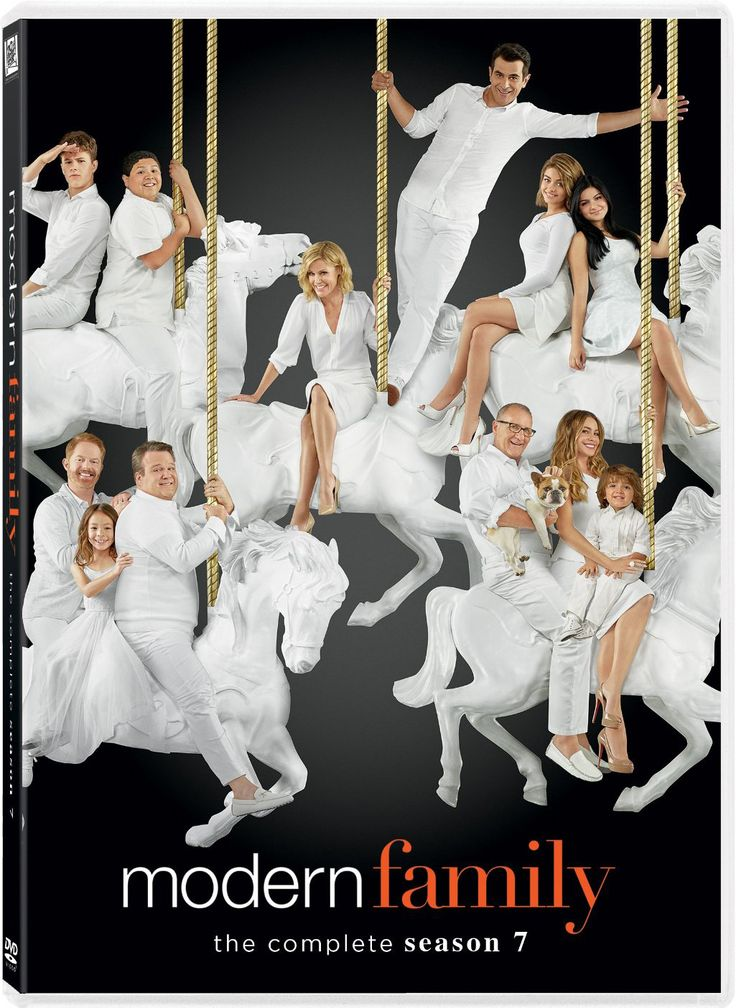 This release compiles every episode from the seventh season of MODERN FAMILY, a mockumentary-style sitcom chronicling the unusual kinship of the extended Pritchett clan, a brood that includes patriarc