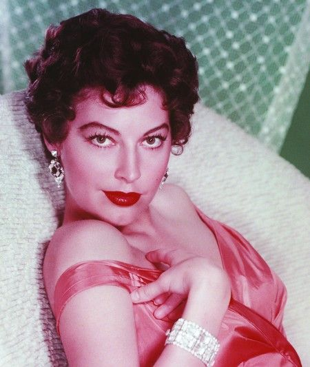 A tribute to the old Hollywood stars list~Ava Gardner