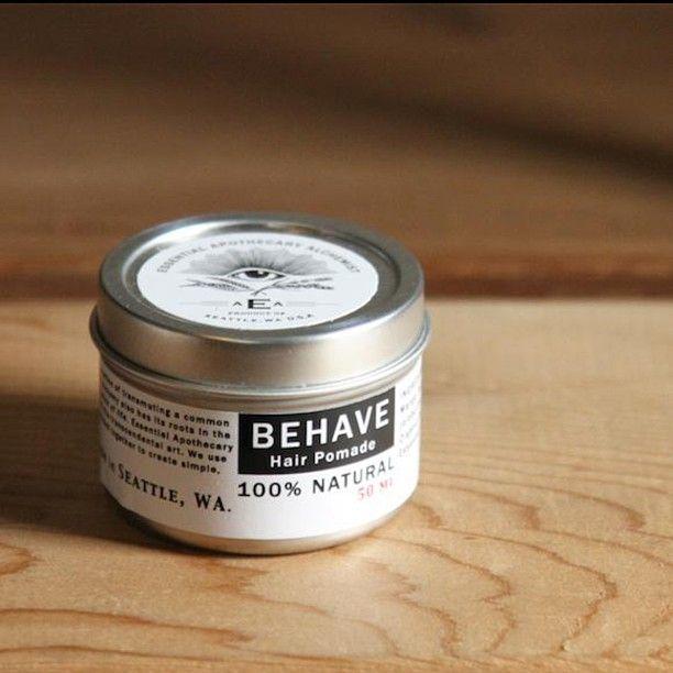 """「""""ESSENTIAL APOTHECARY ALCHEMIST""""  BEHAVE hair pomade 100%オーガニックの原料で作られたポマードです。 日本で言うミディアムタイプのヘアワックスに近いテクスチャー感ですが、髪の毛の乾燥を抑え、使い続ける事でヘアケアも施してくれます。…」"""