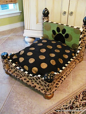 Adorable dog bed made from an end table.  I saw these beds in person while on vacation in Destin.  Trust me, they are ADORABLE!!!