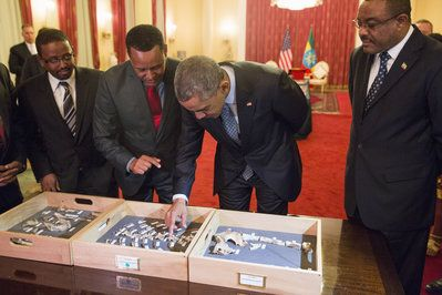 Obama Visits Ethiopia & Meets Lucy, Reminds Us We're Part Of 'Same Human Family, The Same Chain'