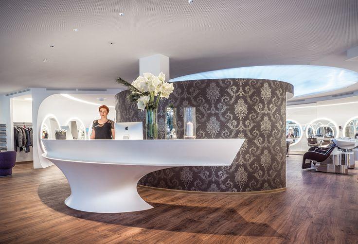 Herzlich willkommen! --- Egger3 Hair Beauty Relax, Lustenau, Friseur und Beauty-Salon. 4fach Flagship-Salon: Reden, Nouba, Essie Professional, Takara