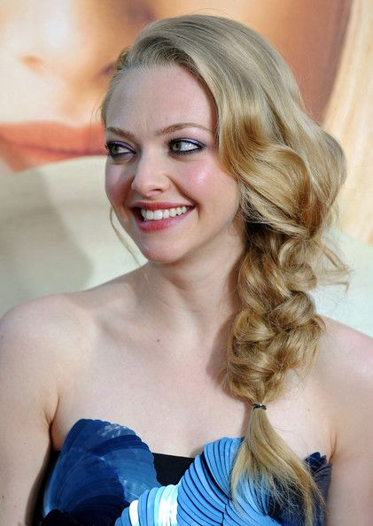 Hair Lookbook: Amanda Seyfried wearing Long Braided Hairstyle (45 of 65). Amanda Seyfried showed off her long side braid while walking the red carpet at 'Letters to Juliet'.