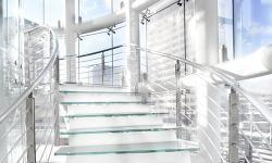 SGG PLANICLEAR® – nová, viac transparentná sklov |SAINT-GOBAIN GLASSOLUTIONS NITRASKLO s.r.o.