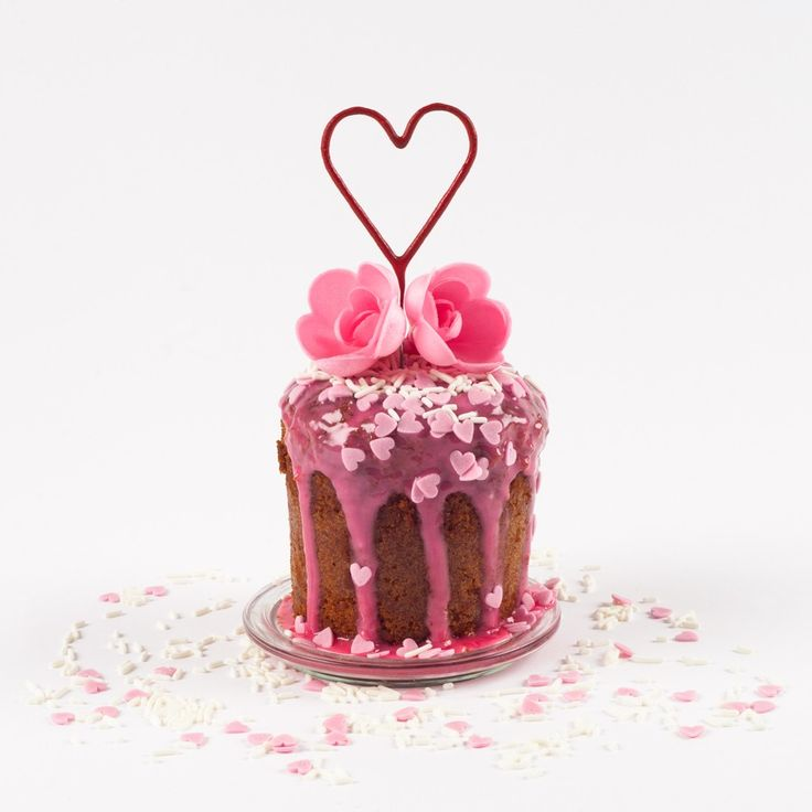 Kuchen im Glas Muttertagskuchen!  Liebe geht bekanntlich durch den Magen! #muttertag #kuchen #überraschung #danke #vegan #wunderkerze #herzen #blumen #kuchenimglas
