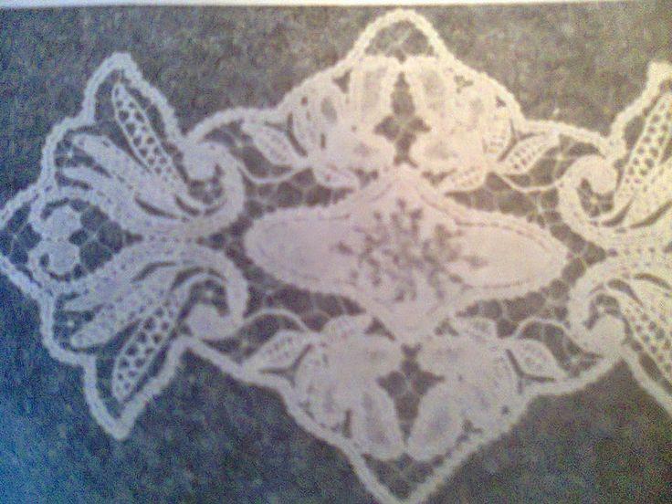Adriana  Hobby: Faţă de masă dreptunghiulară din lasetă lată
