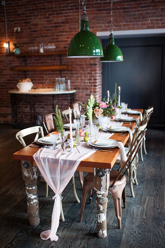 Intimate restaurant wedding inspiration | Photo by Sarah Box Photography | Read more - http://www.100layercake.com/blog/?p=84840