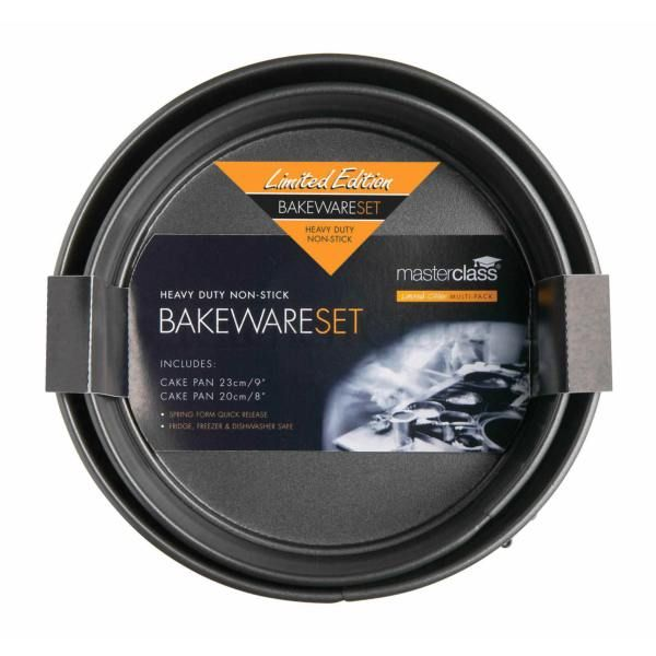 Master Class Twin Pack - Non-Stick 20cm and 23cm Spring Form Pans > http://www.kitchencraft.co.uk/categories/baking_sugarcraft/bakeware_1/bakeware/twin_pack_-_non-stick_20cm_and_23cm_spring_form_pans_kcmchbset3.htm