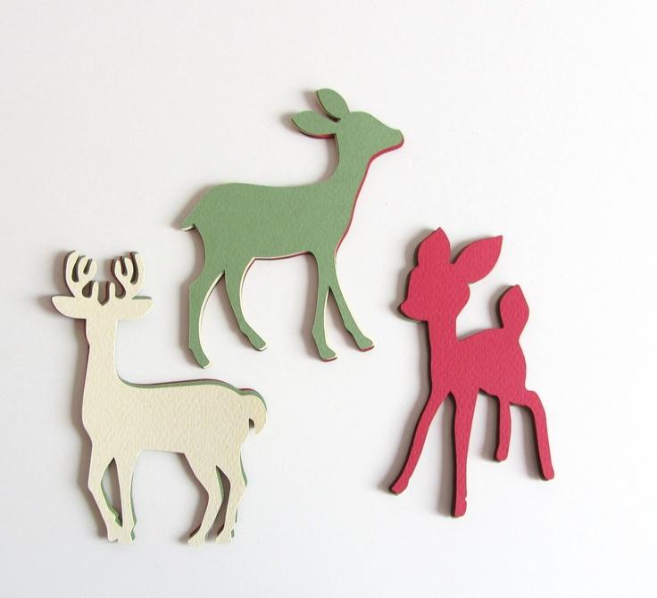 Si la vie est une fête, alors autant qu'elle soit unique !! #Noel #faon #deer #Biche #Fawn