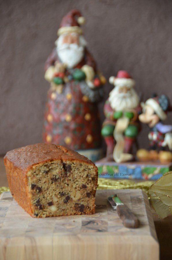 plum cake con frutta secca e gocce di cioccolata perfetto per la colazione di Natale -  Cristmas cake