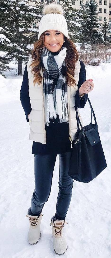83b3e723f 30+ Cute Winter Outfit Ideas To Copy This Season