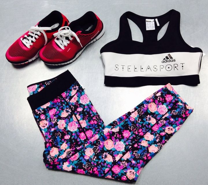 Sweat in style with some fun patterned leggings & colourful runners! If these babies don't give you a little extra motivation to hit the gym, we don't know what will! #PlatosClosetNewmarket #gymstyle #fitness | www.platosclosetnewmarket.com