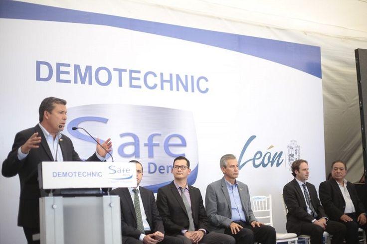 """Se integra al Parque PILBA de León la empresa francesa Demotechnic, líder en inyección y pigmentación de plásticos para interiores de automóviles; """"estamos demostrando que aquí hay confianza, de que ..."""