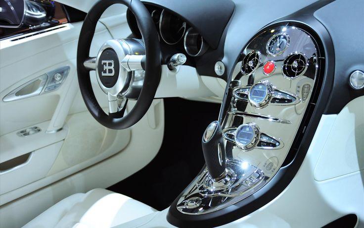 Bugatti Veyron. 1200 hp. V8.  0 to 62 in 2.2 seconds