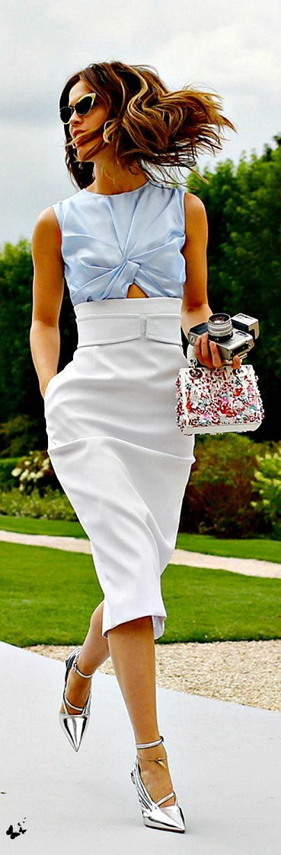 "street style - Dior ♥♡♥♡♥Thanks, Pinterest Pinners, for stopping by, viewing, re-pinning, following my boards. Have a beautiful day! ^..^ and ""Feel free to share on Pinterest ^..^ #fashion #fashionupdates"