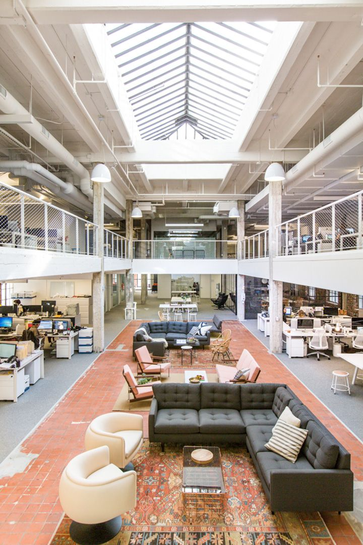 Nasty Gal is a popular fashion startup that sells vintage clothes and accessories. Because of the rapid growth, Nasty Gal recently had to move into a new office in the downtown of Los Angeles. And let me tell you, that space looks gorgeous!