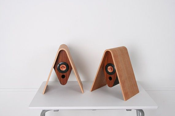 GASSHOWooden speaker par createdbyTOKYO sur Etsy, ¥231000