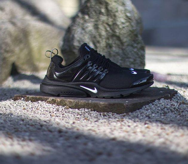 Nike Air Presto Black On Feet