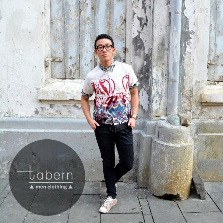 Type: Keith Size: M, L, XL  #batik #slim #men #pria #casual #baju #outfit #kemeja #kemejapria #atasan #batikpria #batikslim #batikfashion #fashion #top #jual #menstop #indie #limited #tidy #nerd #looks #young #style #stylish #gaya #muda  visit instagram: @tabern_clothing