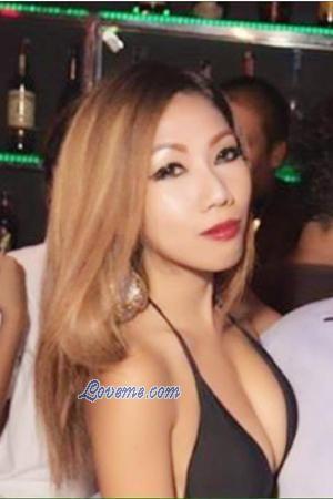 meet thai women in bangkok