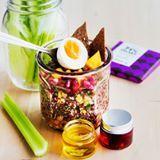 Poweria päivään värikkäästä voimasalaatista 💪 resepti 👉 ruoka.fi #ruokafi #ruoka #salaatti #terveellinen #terveellinenruoka #kasvisruoka #kvinoa #food #instafood #foodstagram #healthy #healthyfood #salad #mango #pomegranate #vegetarian #vege #quinoa