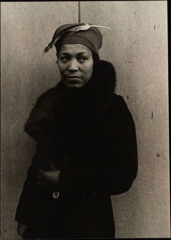 Zora Neale Hurston and that bad hat!