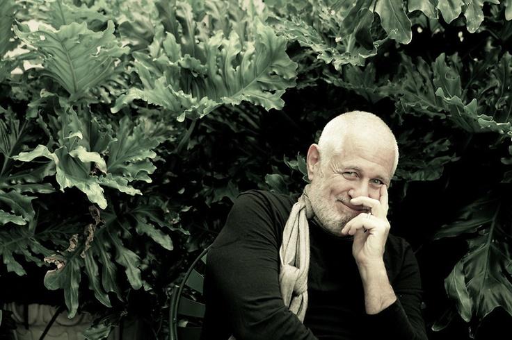 Richard Saul Wurman. Photo: Melissa Mahoney. What a wonderful face! Humor and intelligence.