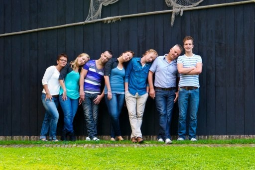 Family portrait | large groupshot | family pose | familiefoto | groepsfoto | gezinsfoto