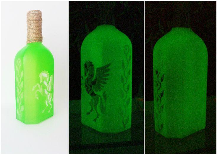 Светящаяся стеклянная бутылка с рисунком. Светящаяся краска для стекла и керамики Acmelight Glass Classic **** Glowing glass bottle with a pattern. Luminous paint for glass and ceramics Acmelight Glass Classic #glow #glass #bottle #luminous #paint
