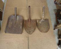 3 lot antique Tempered no.2 shovelheads,vtg garden art shovel spade,digging trenching soil shovel tool,primitive rustic yard decor tools