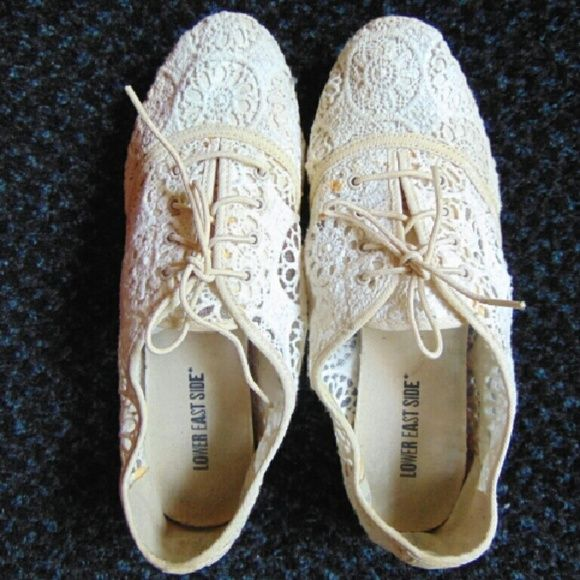 Lace pattern Oxfords White/cream lace Oxfords. They have some little paint dots not too noticeable as shown in third picture Lower East Side Shoes Flats & Loafers