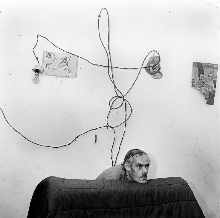 Los psicodramas fotográficos de Roger Ballen | VICE | Colombia
