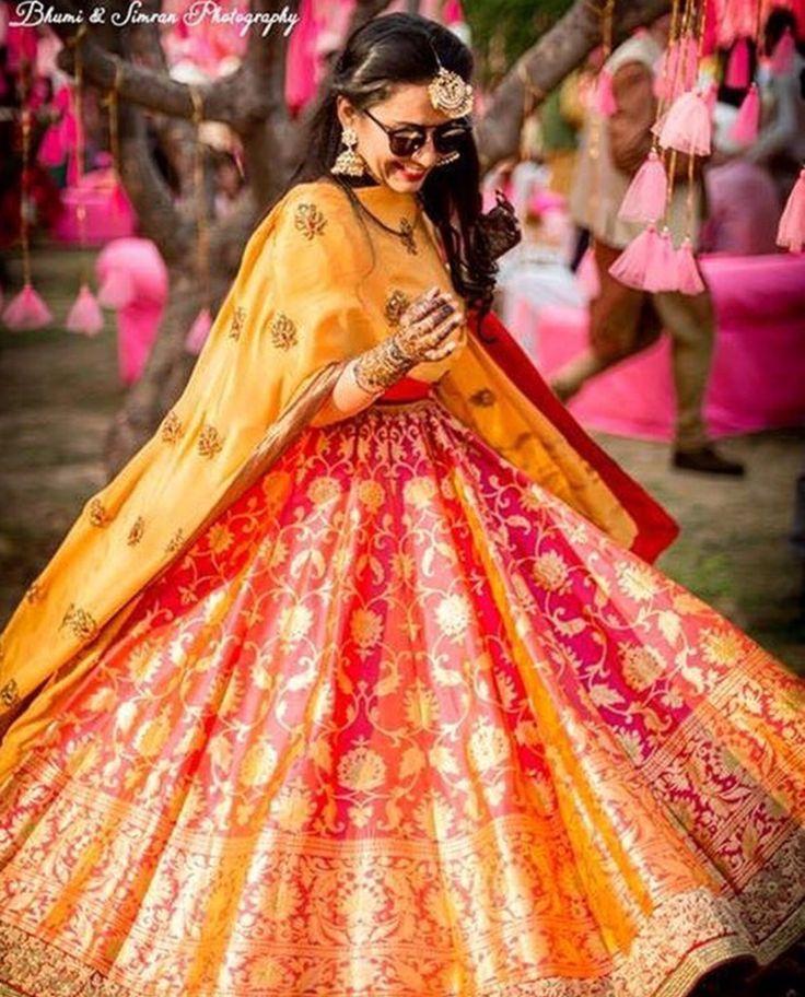 Gorgeous Banarasi lehnga!