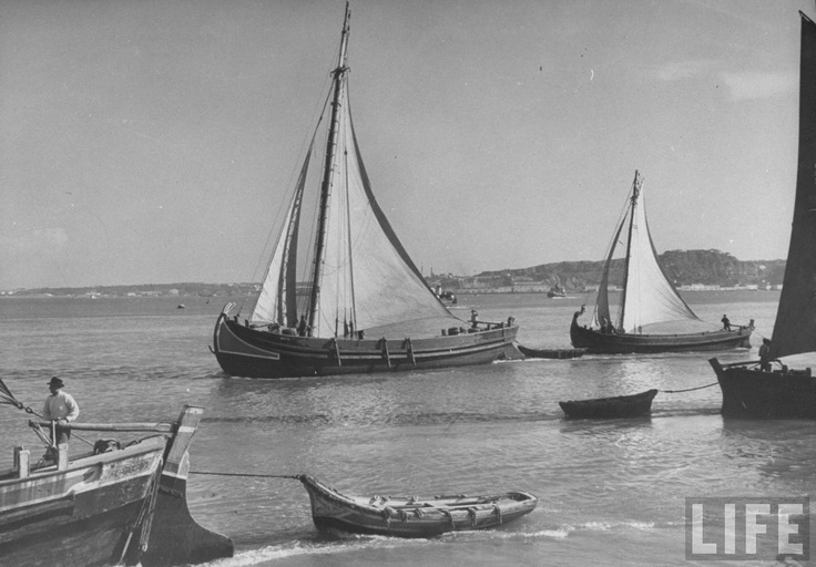 Lisbon - Fragatas (1940).