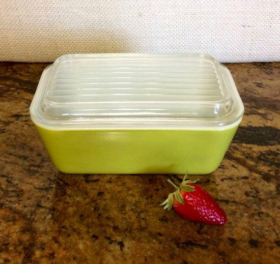 Vintage réfrigérateur plat en Pyrex, Verde Green, 502, avec couvercle en verre Original, 1 1/2 pinte, cuisine des années 1960, Pyrex Rare!
