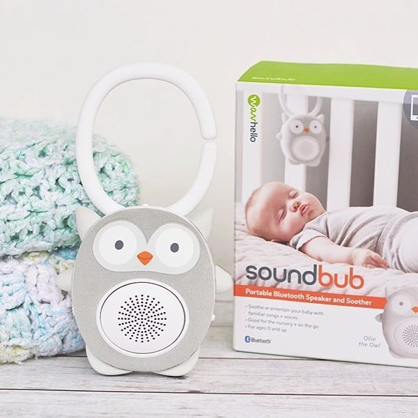 Today we're sharing our favorite hack to end bedtime battles with your toddler or preschooler. Meet #OllieTheOwl, which is a portable Bluetooth speaker and soother made by @wavhello. Our favorite feature are the personalized recordings ❤️ Find more details #ontheblog #Soundbub #clever #ad