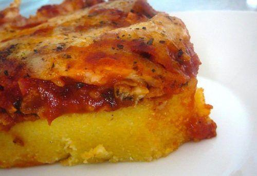 Un piatto che unisce nord e sud, matrimonio perfetto fra polenta e sugo di salsiccia e pecorino