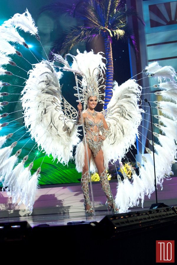 Yep, throw in some feathers and women always win!  Miss-Universe-National-Costume-Show-Tom-Lorenzo-Site-Miss-Argentina
