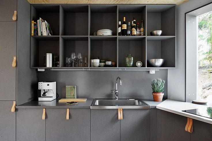 Leather pulls on grey cabinetry. Peterséns Väg 40, Skärholmen-Johannesdal, Stockholm | Fantastic Frank