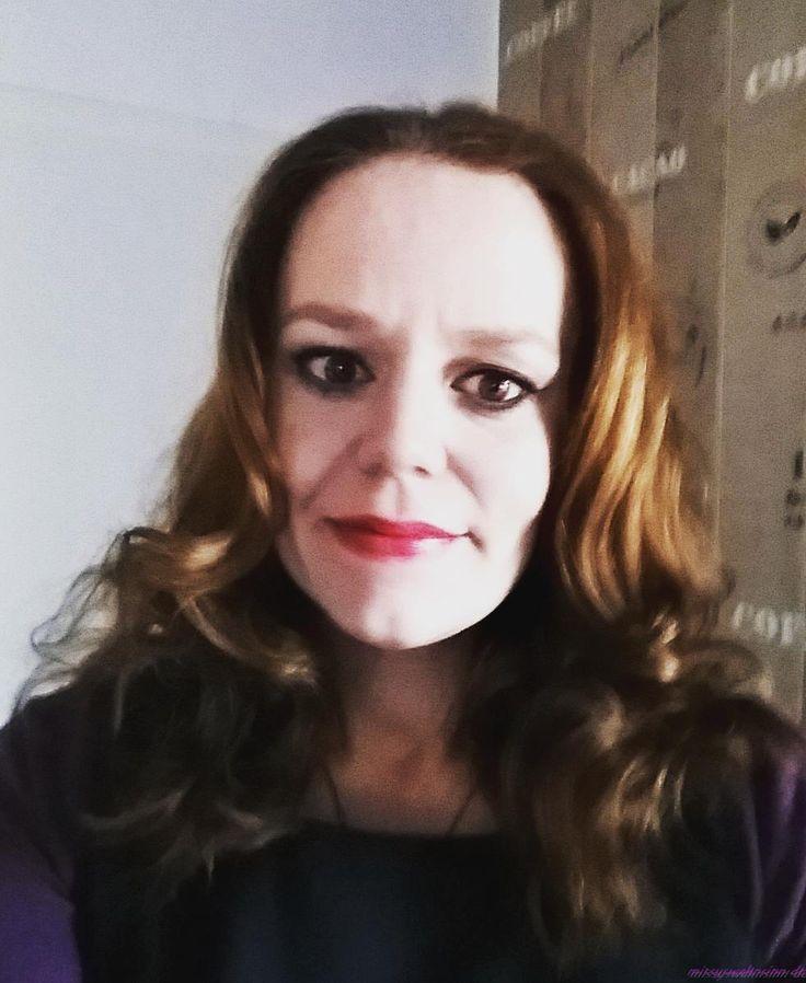 Haare einmal ohne Papilotten @erdbeerlotta. Wie ich meine Frontkamera liebe - nicht...