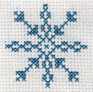 Freebie Gallery: Free snowflake cross stitch pattern by Yiotas XStitch