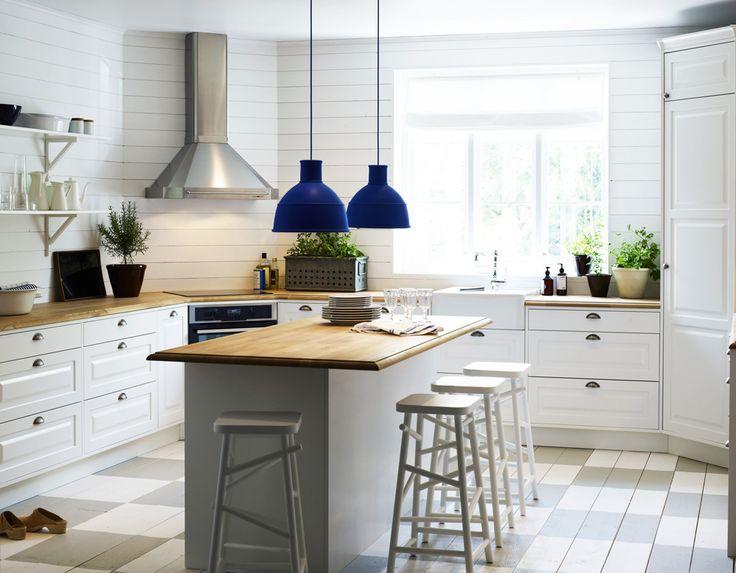 Sköna hem frågade de ledande köksproducenterna om vilka kök som är deras bästa. Här är 9 populära kök i lantlig och modern stil.