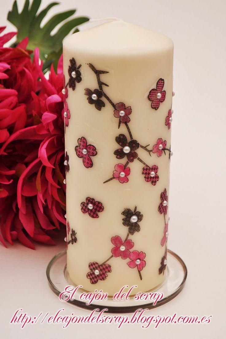 Sigo avanzando en la decoración de velas, un tema que me apasiona, y del me hace ilusión crear trabajos originales. De paso, abro más posi...