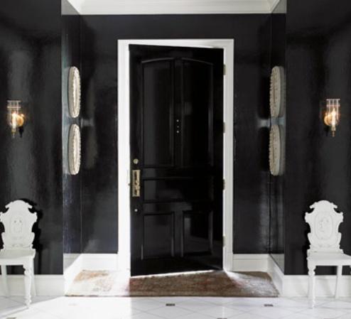 High gloss black doorBlack Walls, Black Room, Black Doors, Black Interiors Doors, Black And White, Living Room, Interiors Design, House, Homes