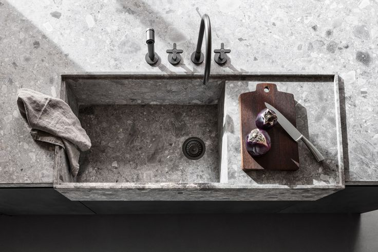 Dada VVD Kitchen designed by Vincent Van Duysen. Stone integrated sink, worktop edge | Italian Design