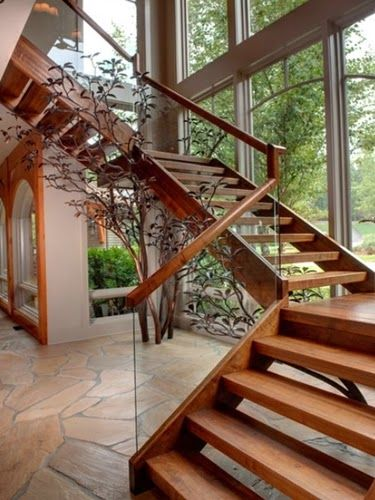 Elegant Wooden Staircase Design